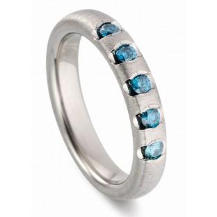 blaue Brillianten Verlobungsring